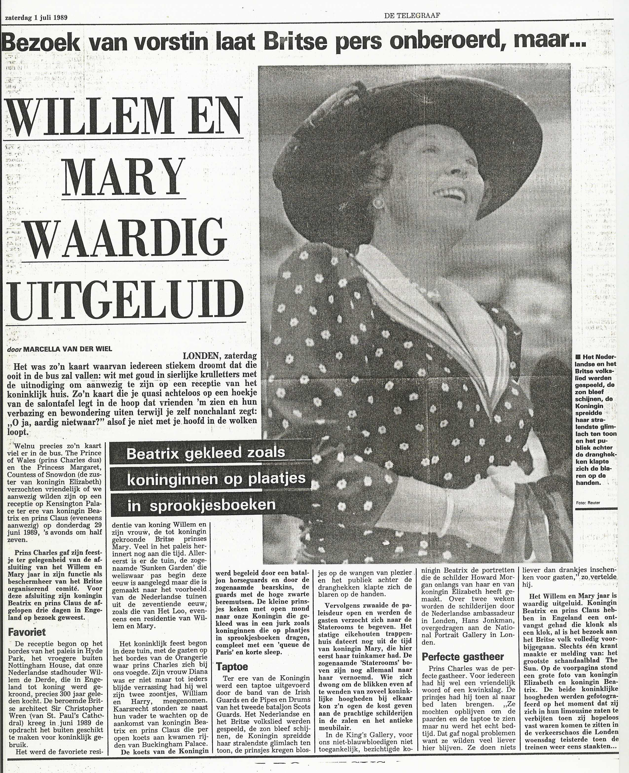 30 July 1989 – De Telegraaf Netherlands: Beatrix gekleed zoals koninginnen op plaatjes in sprookjesboeken (Beatrix dressed as a queen for the history books).